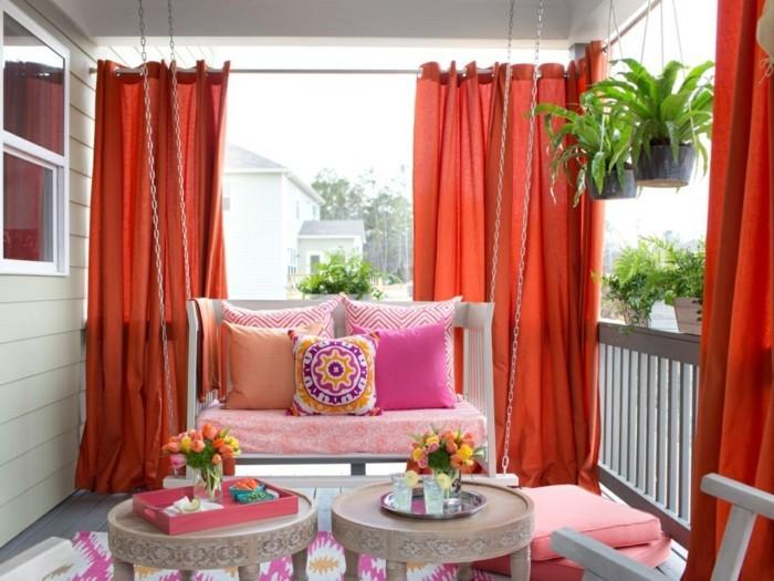 gartenideen die terrasse durch gardinen vor der sonne schützen