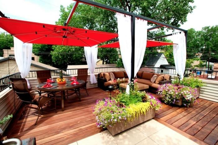 gartenideen frische terrassengestaltung mit gardinen und sonnenschutz