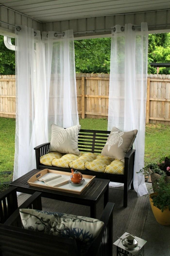 gartenideen mit gardinen sorgen für luftigkeit und frische
