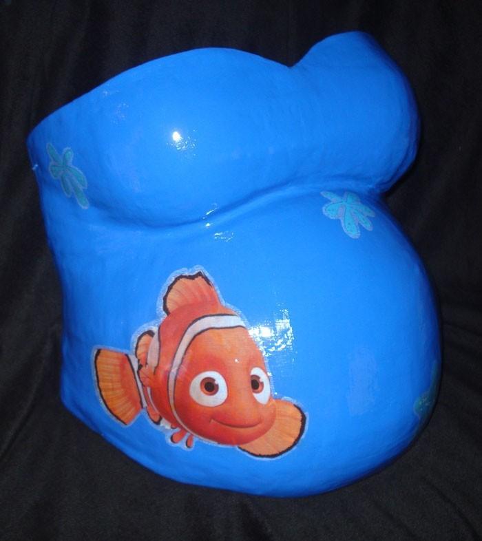 gipsabdruck babybauch bemalen fisch nemo