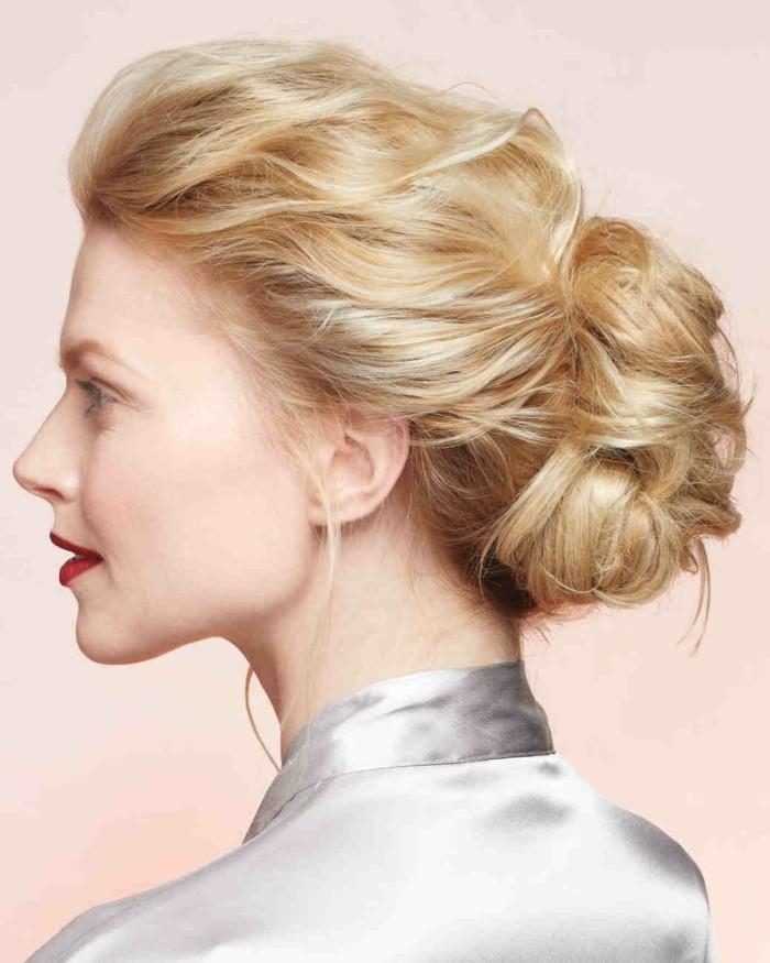 hochsteckfrisuren blondes hochgestecktes haar