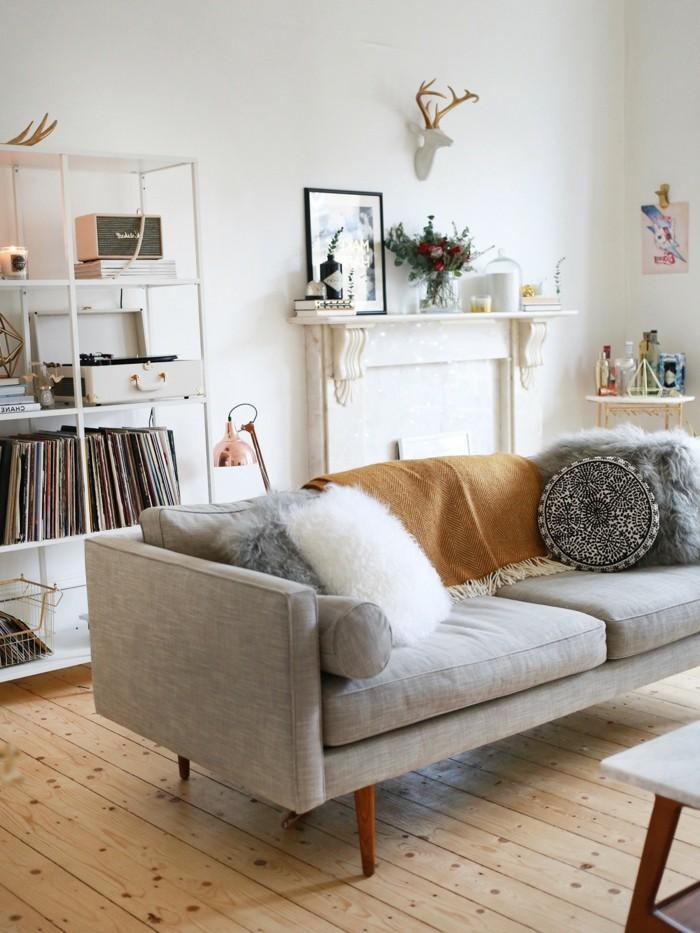 hygge passende dekokissen und textilien machen das ambiente behaglich