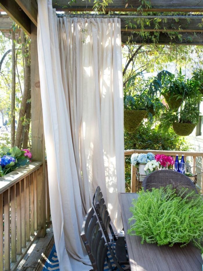 ideen für den garten baldachin auf der terrasse sorgt für mehr privatheit