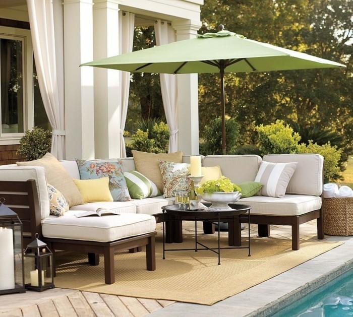 ideen für den garten die terrasse mit stilvollen gardinen vor der sonne schützen