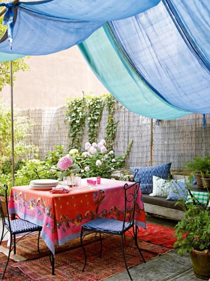 ideen für den garten mit gardinen sonnenschutz schaffen