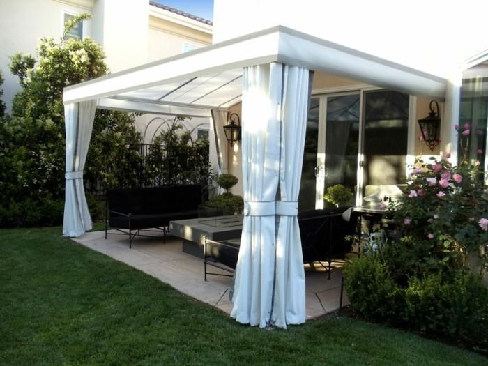 ideen für den garten weiße gardinen verleihen dem außenbereich mehr privathiet