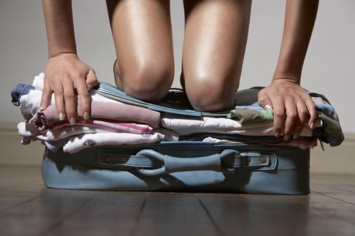 koffer packen tipps für mehr ordnung im koffer für den sommerurlaub