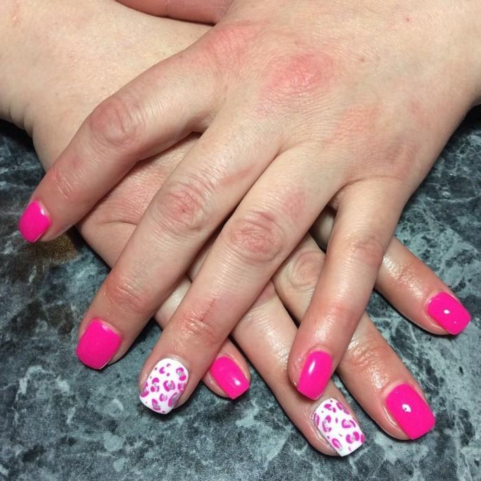 nageldesign sommer rosa und frsiches muster