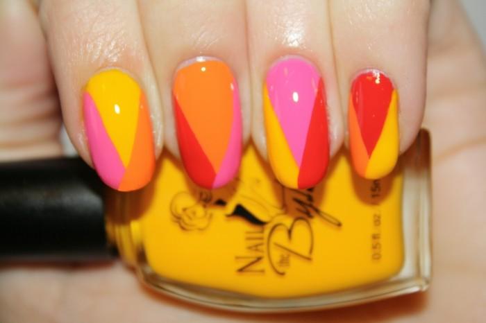 nageldesign sommer warme farben für die sommerliche maniküre