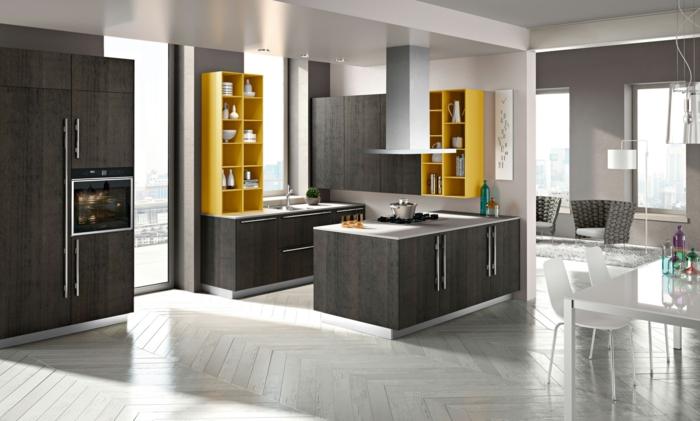 offene küche stilvolle möbel und krasse akzente in gelb