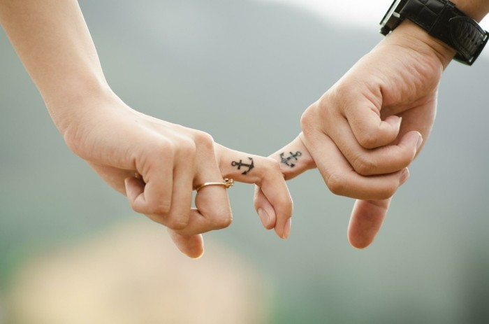 partner ideen ideen anker finger tattoos