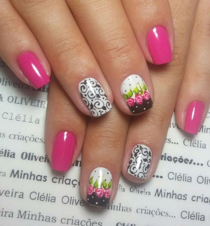 schöne fingernägel nageldesign sommer ideen pink rosen schwarz weisse muster