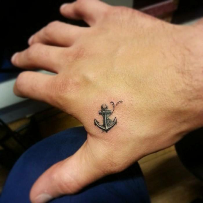 tattoos männer anker tattoo hand