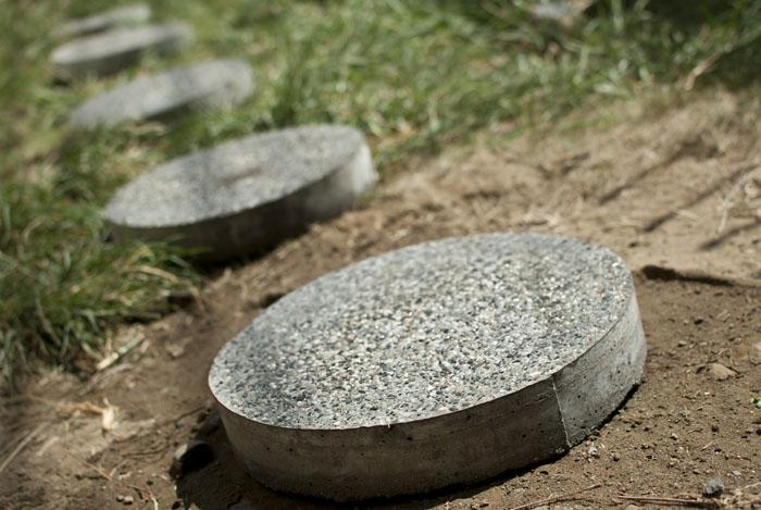 trittsteine runde steine