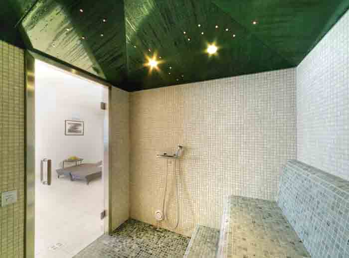 wandfliesen badgestaltung naturstein sauna ausstattung
