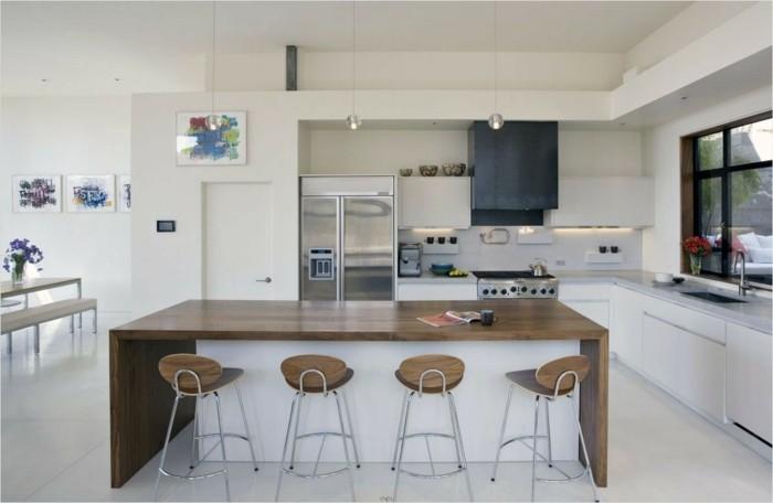 wohnideen küche weiße küche mit hölzernen akzenten