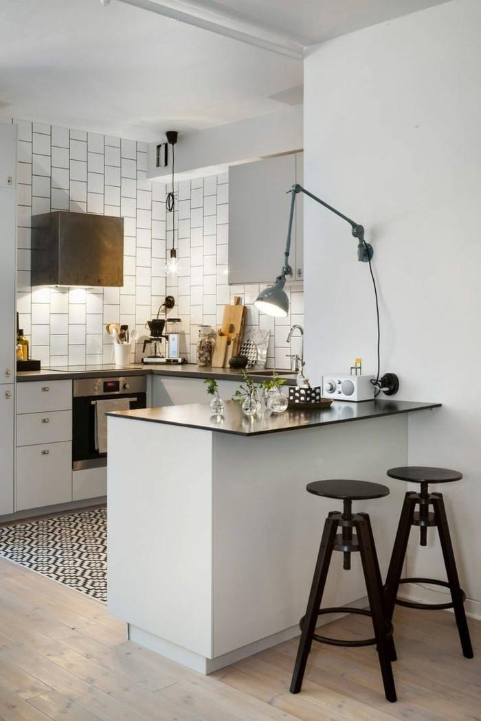 wohnküche auf kleiner fläche mit moderner arbeitsoberfläche