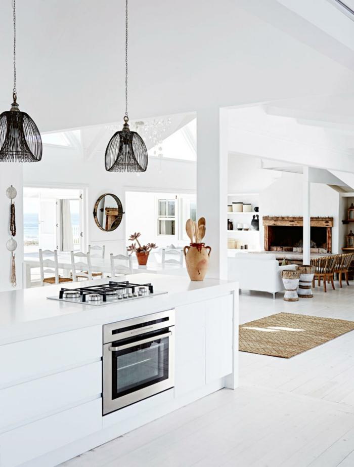 wohnküche in weiß geräumig und stilvoll