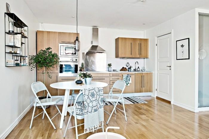 wohnküche kleine küche mit essbereich und pflanzen
