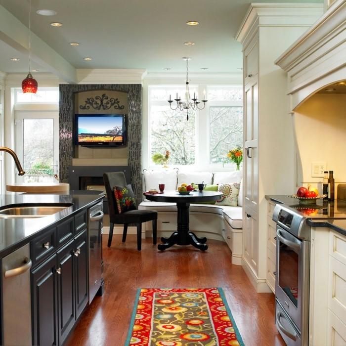 wohnküche kochbereich mit essecke und kücheninsel