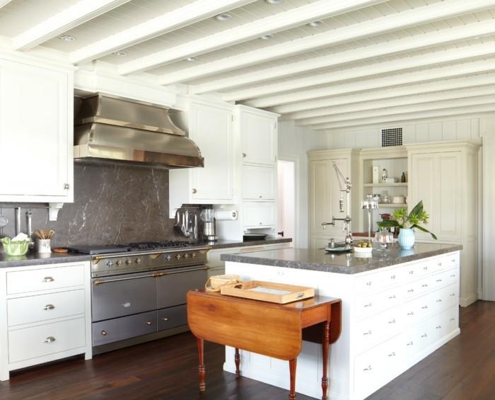wohnküche mit funktionaler kochinsel mit viel stauraum