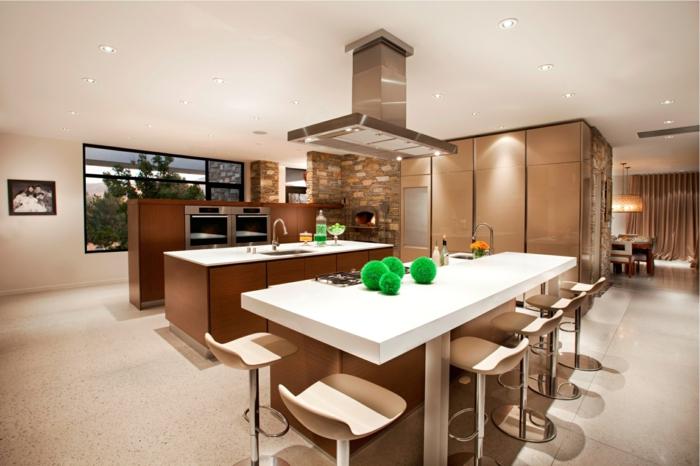 wohnküche stilvoll und funktional mit schöner farbkombination in weiß braun