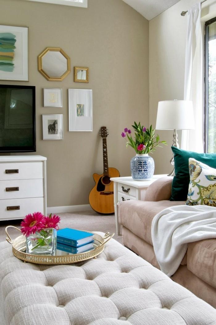 wohnzimmerdeko helle möbel und krasse akzente