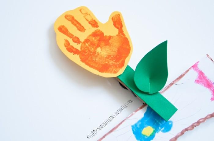 bastelpapier ideen farbe handabdruck blumen basleln mit kindern