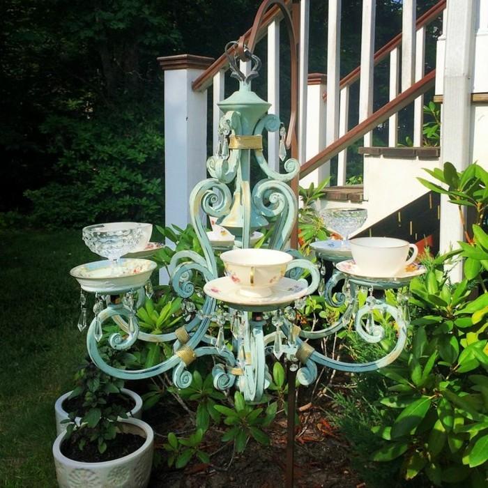 deko selber machen ideen mit alten leuchtern und teetassen