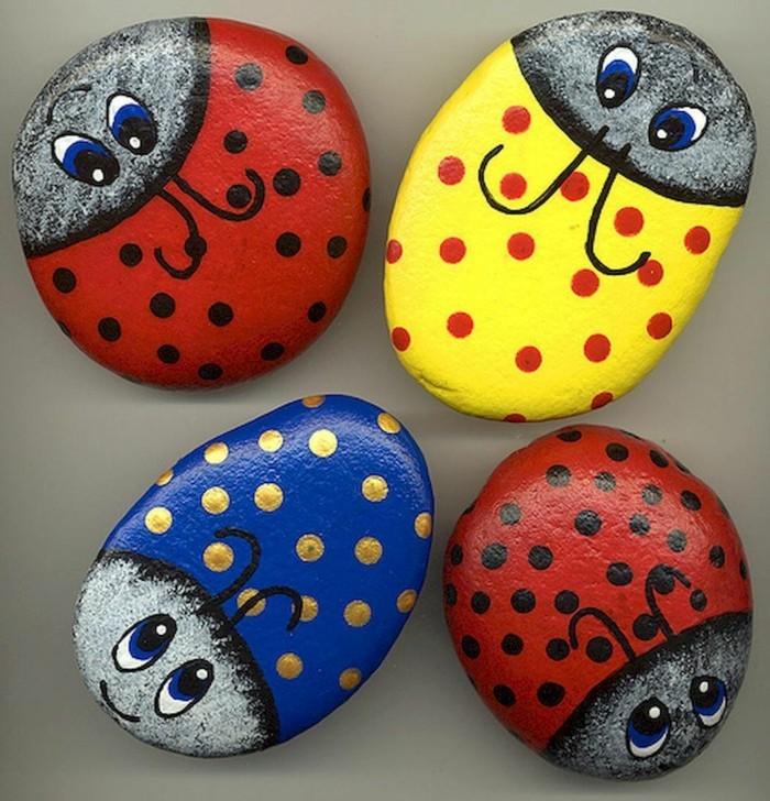 diy ideen für einen lustigen garten mit farbigen steinen