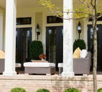 Die Veranda als Erholungsecke gestalten und die Zeit im Freien genießen