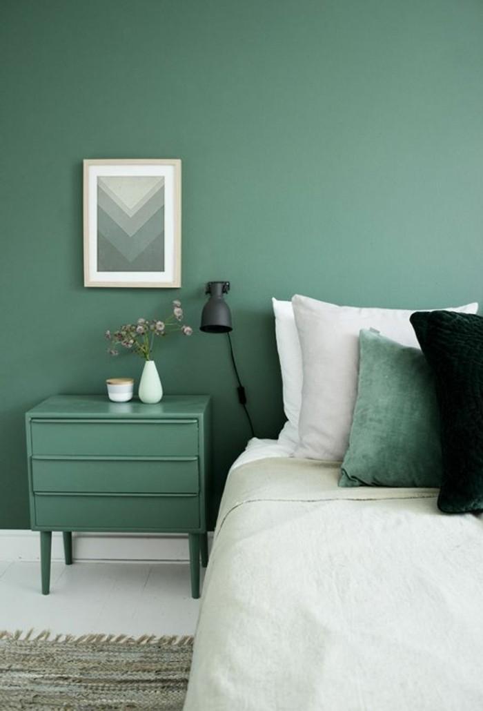 farbgestaltung grüne wandfarbe im schlafzimmer und weißer bodenbelag