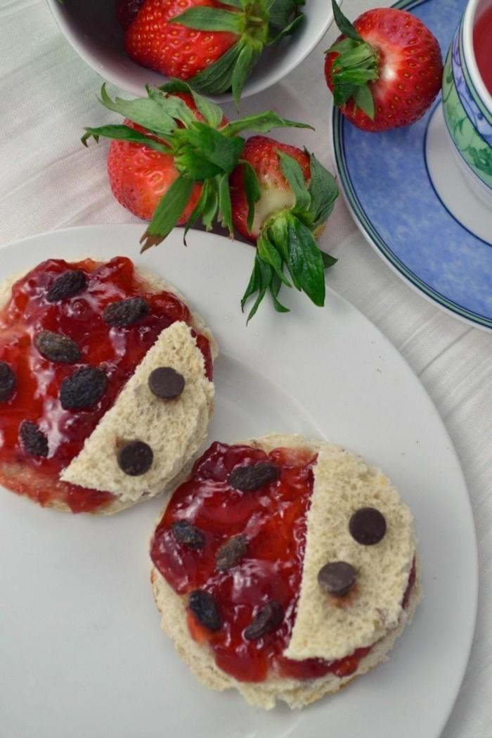 fingerfood kindergeburtstag runde brote marmelade marienkäfer