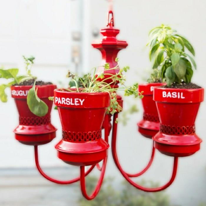 gartendeko selbstgemacht ausgefallene ideen für einen pflanzenbehälter