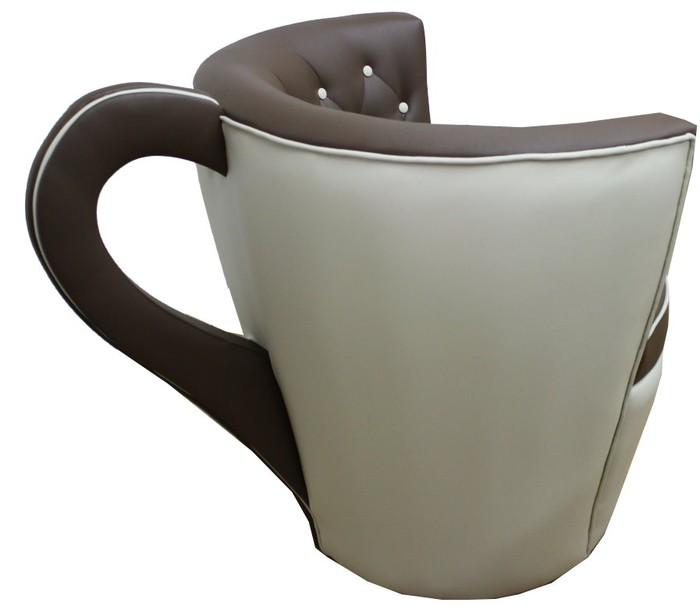 gastronomie-einrichtung-sessel-tasse-kaffee-grau-leder-kreativ