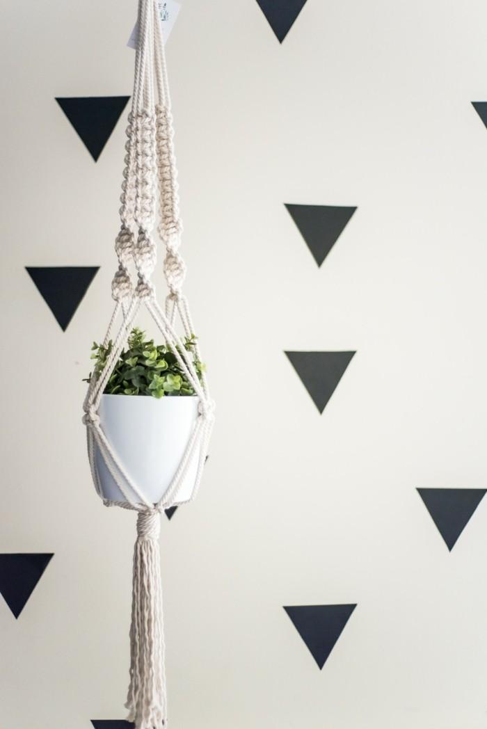 hängeampel aus makramee als dekoration zu hause