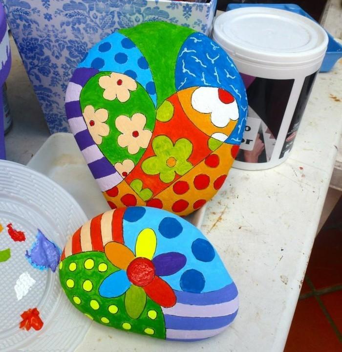 herzen und blumen auf steinen malen bastelideen mit farben