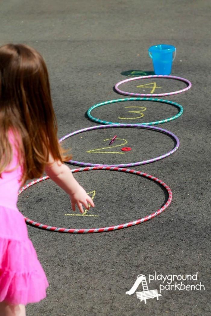 hula hoop reifen teppich knüpfen spielen