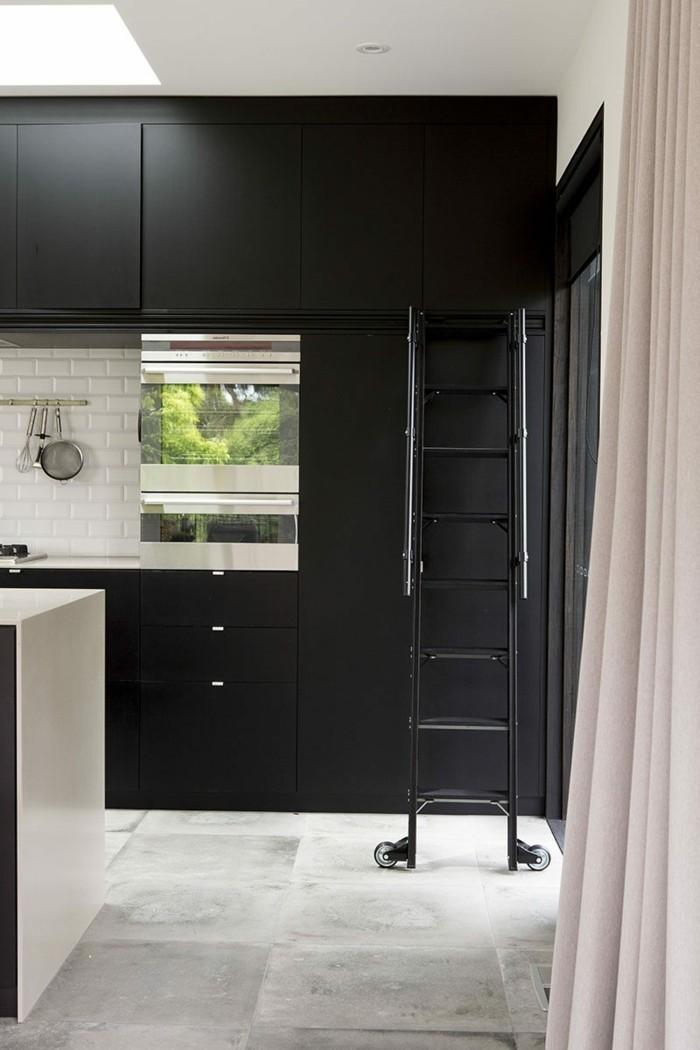 küchenfarben schwarz ist trendig und elegant
