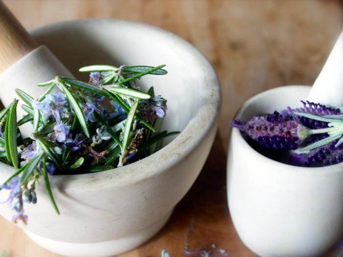 lavendelöl naturreine öle lavendel pflanzen beruhigend