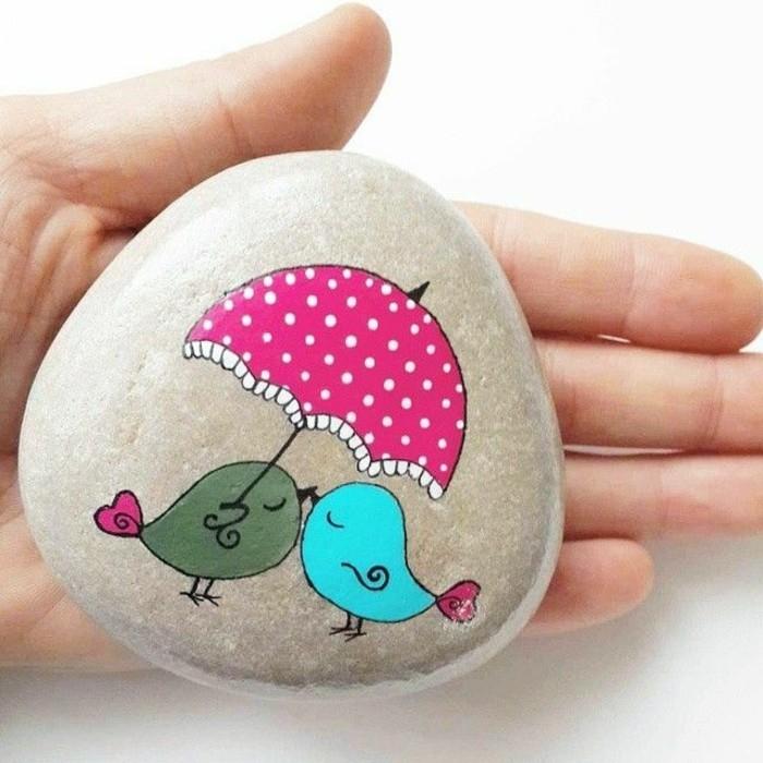 leibes motiv kleine vögel mit schirm