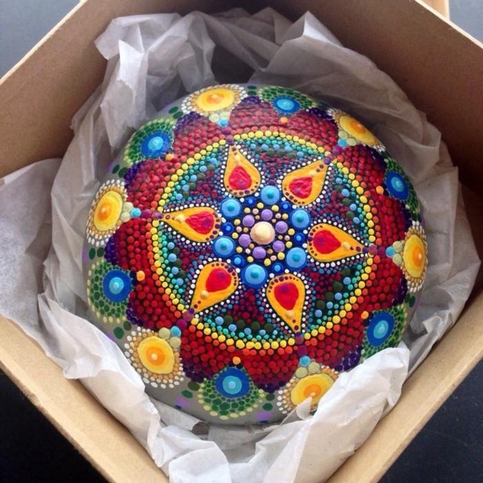 mandala malen auf steinen bastelideen mit farben
