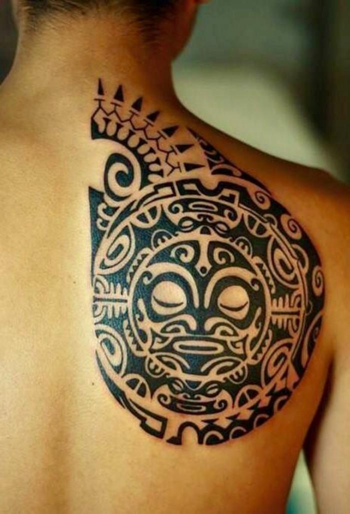 maori tattoo männer tätowierung nacken schulter