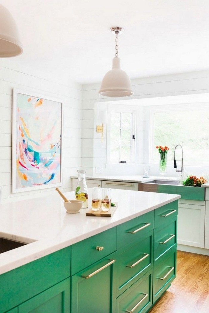 moderne küchen grüne küchenschränke und weiße arbeitsobefläche