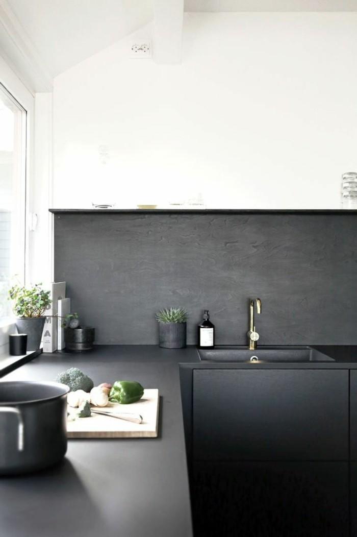 moderne küchen küchenschränke in schwarz matt und weiße wände