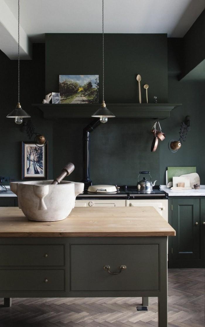 moderne küchen schwarze wandfarbe und dunkle küchenschrönke für einen dramatischen küchen look