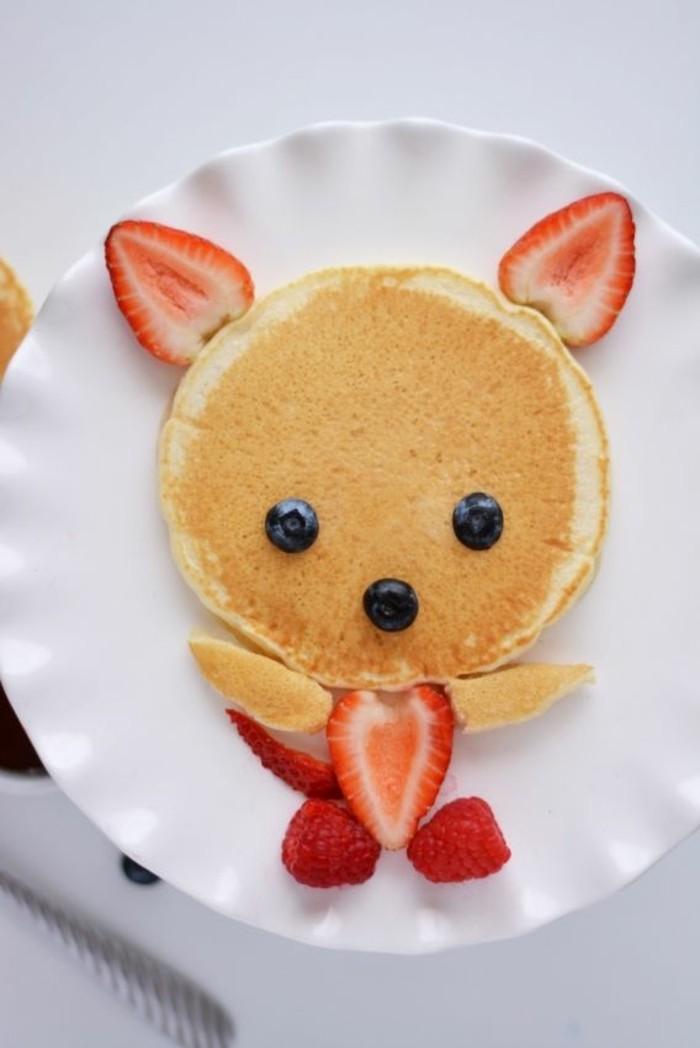 pfannkuchen erdbeeren fingerfood kindergeburtstag idee
