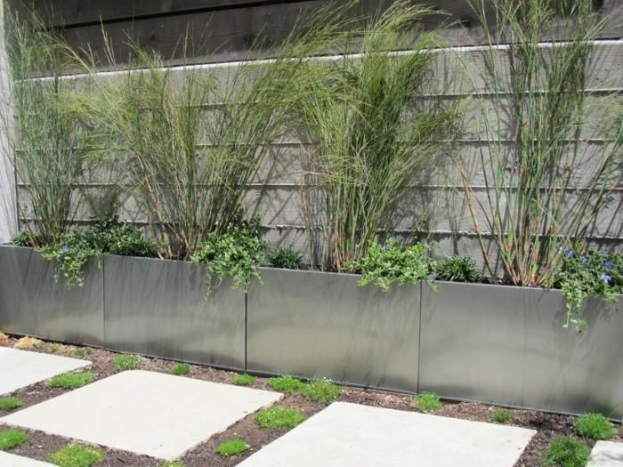 pflanzkasten design für den außenbereich elegante lösung für die pflanzen