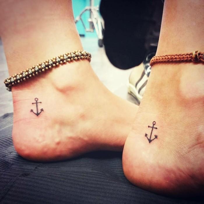 schöne tattoos am knöchel dezente und chrmante idee