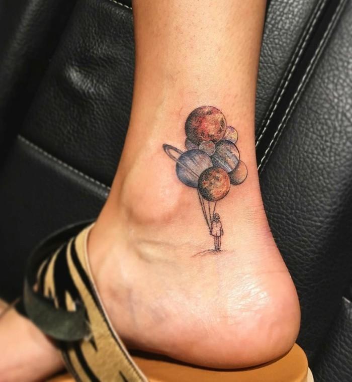 schöne tattoos für den knöchel lustig und frisch